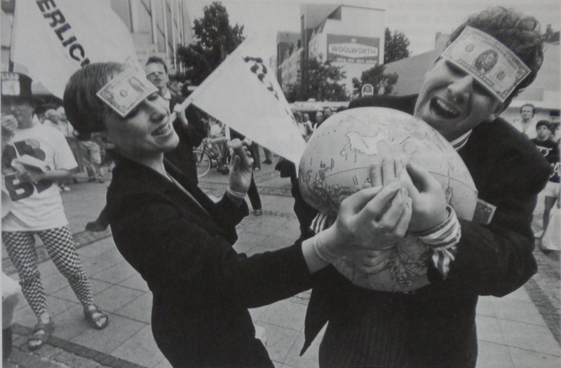 "The ""Hypocrites"" on Wilmersdorfer Strasse, IMF-World Bank  protests, September 1988, West Berlin."